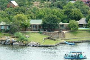 For the buyer with a vision, an amazing business opportunity with may options, nestled on the banks of the Vaal River is an upmarket ...