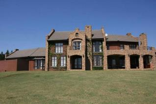 This beautiful house is situated in an estate between Machadodorp and Dullstroom.  There are six dams on the estate where you can do ...