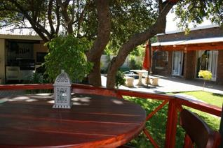 Accommodation in this gracious, stylish guesthouse, with 7 luxurious en-suite guest rooms in a central part of Onverwacht - close to ...