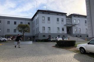 Modern and neat office space of 72.38m2 is available in the sophisticated Technopark located in Stellenbosch. The business park is ...