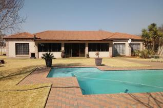 5 Bedroom House for sale in Eloff A H - Delmas