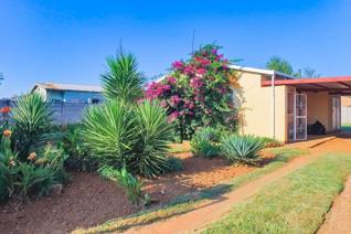 2 Bedroom House for sale in Randlespark - Klerksdorp