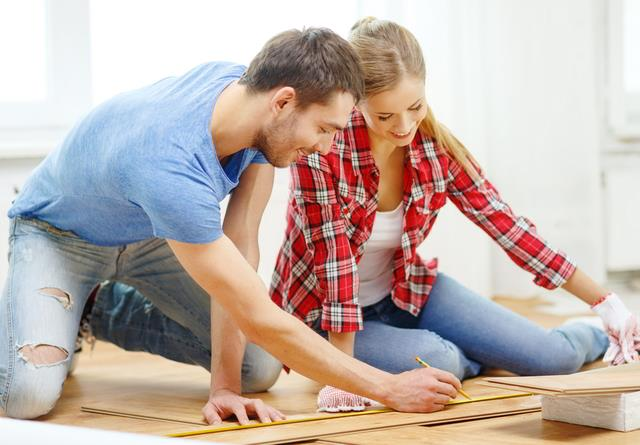 Diy You Can Install Pine Wood Flooring In 4 Easy Steps Diy Lifestyle