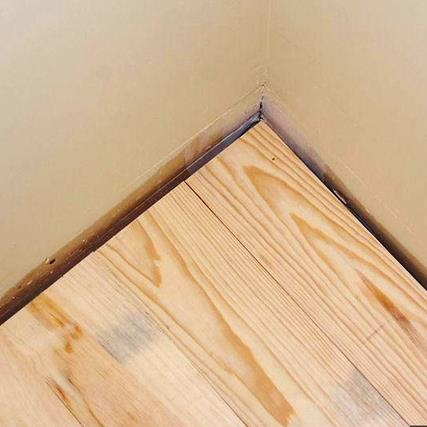 DIY: You can install pine wood flooring in 4 easy steps