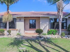 3 Bedroom House for sale in Charlo - Port Elizabeth