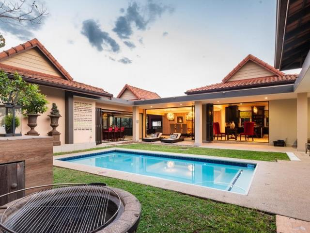 6 gorgeous SA homes for braai masters and those who love to entertain