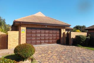 This home is situated in popular Madele Sands, Summerstrand and positioned in walking ...