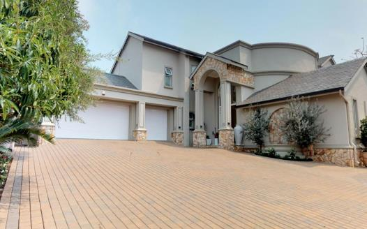 5 Bedroom House for sale in Helderfontein Estate