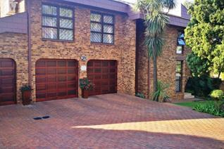 4 Bedroom House for sale in Claudius - Centurion