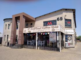 Commercial property to rent in Randhart - Alberton