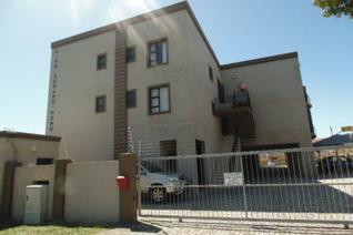 2 Bedroom Apartment / flat to rent in Newton Park - Port Elizabeth