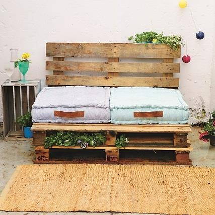 Diy Turn Your Garden Into An Entertainers Oasis Garden Outdoor