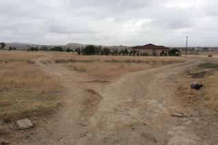 This excellent vacant stand is 300 squares and you can build your own house.   This stand is situated close to main roads, Motheo ...