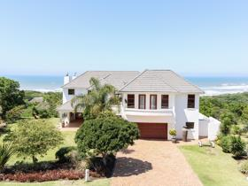 5 Bedroom House for sale in Cove Rock - East London