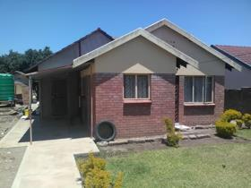 3 Bedroom House for sale in Giyani E - Giyani