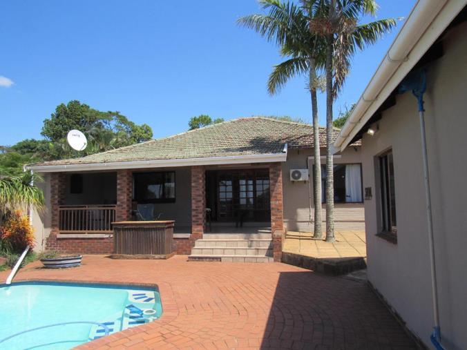 6 Bedroom House For Sale In Amanzimtoti P24 106937728