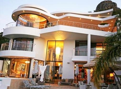 Hot property going on auction in and around Cape Town 29 Nov