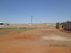 Vacant land / plot to rent in Laudium - Centurion