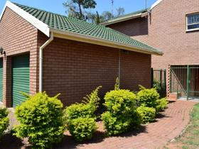 3 Bedroom House to rent in Ninapark - Akasia