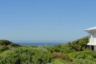 Build your dream home with magnificent sea views in the Sought after area of Stilbaai ...