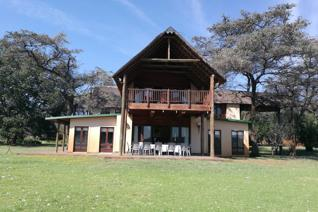 FARM BOEKENHOUTSKLOOF , MOLOTO ROAD,   ROODEPLAAT This stunning Game Farm represents a ...