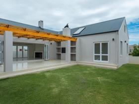 4 Bedroom House for sale in Kelderhof Country Village - Somerset West