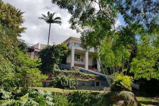 12 Bedroom House to rent in Amanzimtoti - Amanzimtoti