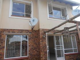 3 Bedroom Townhouse to rent in Atlasville - Boksburg