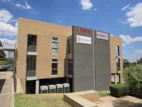 Commercial property to rent in Carlswald - Midrand