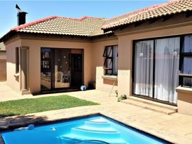3 Bedroom House for sale in New Redruth - Alberton