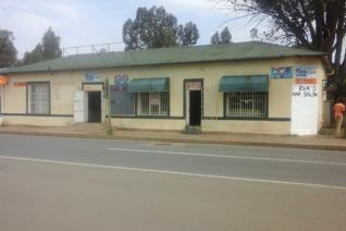 Commercial property in Swartruggens against the N4 Hi Way and very centrally situated. ...