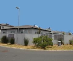 House for sale in Parklands North