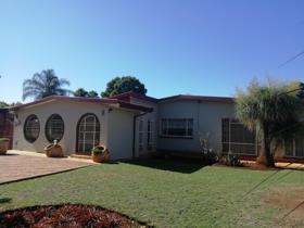 4 Bedroom House for sale in Sinoville - Pretoria