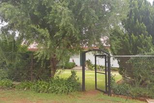 3 Bedroom House for sale in Dealesville - Dealesville