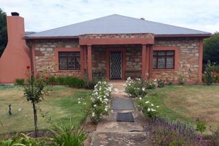 3 Bedroom House for sale in Joubertina - Joubertina