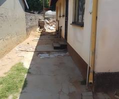 House for sale in Tembisa Ext 7