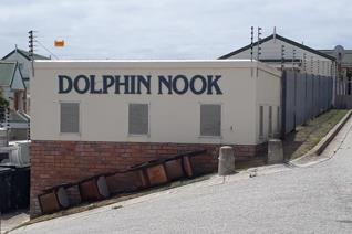 DOLPHIN NOOK - semi furnished unit comes with 1 x living area and with kitchen. ...