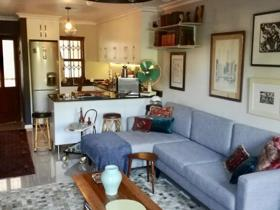 2 Bedroom Townhouse to rent in Harfield Village - Cape Town