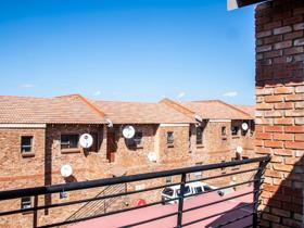 2 Bedroom Apartment / flat for sale in Naturena - Johannesburg