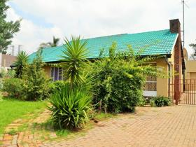 3 Bedroom House for sale in Randhart - Alberton