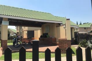 3 Bedroom House for sale in Reyno Ridge - Witbank