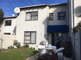3 Bedroom Townhouse to rent in Bloubergrant - Blouberg