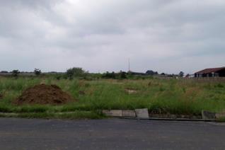 EXCLUDING VAT Marelden Ext 5 Prime vacant land for sale 4 Stands on Middelburg Road near KFC and Sasol garage. 1,2976 ha 8688 sqm 8883 ...