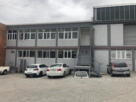 Industrial property to rent in Maitland - Cape Town