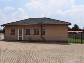 Commercial property for sale in Witbank Ext 10 - Witbank