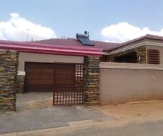 House for sale in Hospital View