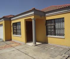House for sale in Golden Gardens