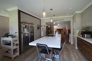 4 Bedroom House for sale in Vincent - East London