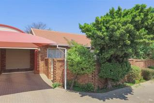 2 Bedroom Townhouse for sale in Amberfield Heights - Centurion