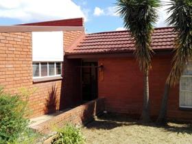 3 Bedroom House for sale in Hospitaalpark - Ladysmith
